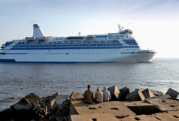 84 cruise ship visits are required in the port of Riga in 2018